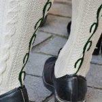 Trachtenmode mit Dirndl und Lederhose